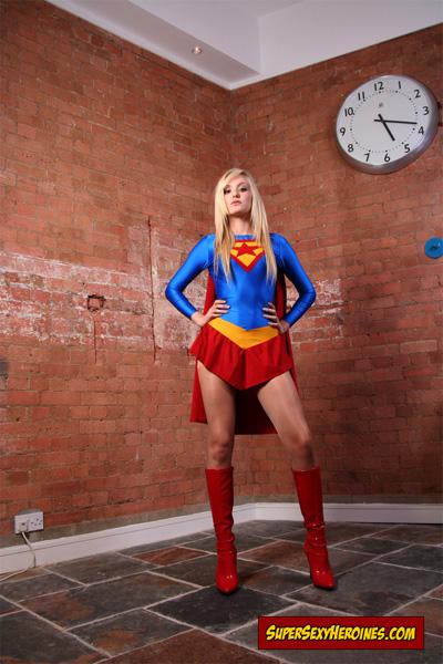 mary-marvel-superheroine-02 - Superheroine Blog